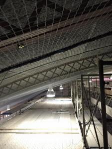 天井材落下対策ネット