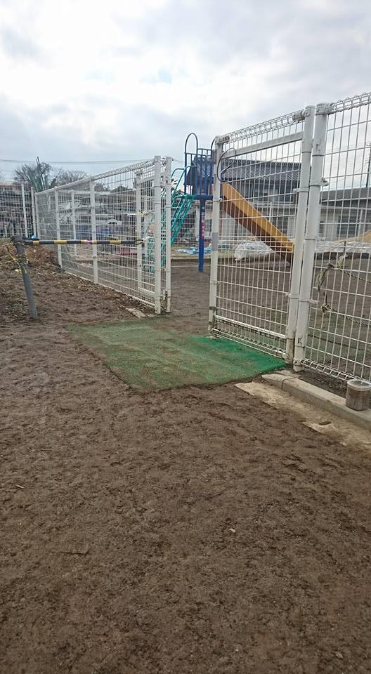 園庭 グラウンド 泥濘 改善