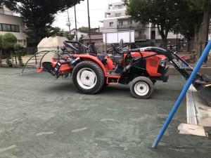 グラウンド整備専用 トラクター