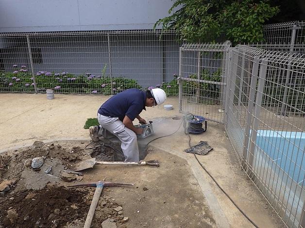 都内 保育園 園庭 排水施設新設工事
