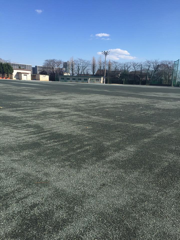 中学校グラウンド改修工事 粒度調整防塵処理材