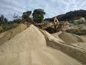 岩瀬砂 製造中