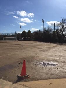 学校グラウンド整備工事 改良土 工法